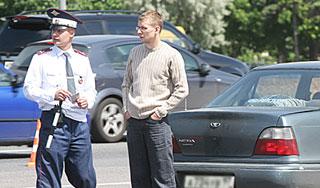 Россиянам упростят регистрацию автомашин