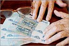 Мошеннику, который «пылесосил» карманы стариков, дали пять лет
